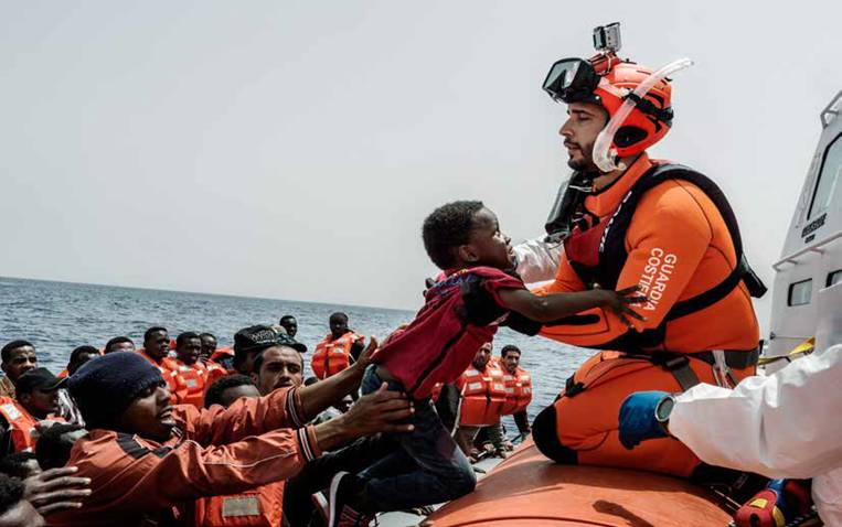 Migranti-sfida-incontro-liguria-volantino
